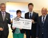 Mainzer Volksbank übergibt Gewinn an Kundin