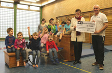 Scheckübergabe Kinderbewegungsschule