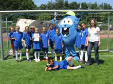 Das Siegerteam beim Mädchenfussball 2015