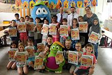 Bofi und Kruschel zu Besuch in der Peter-Härtling-Grundschule in Finthen