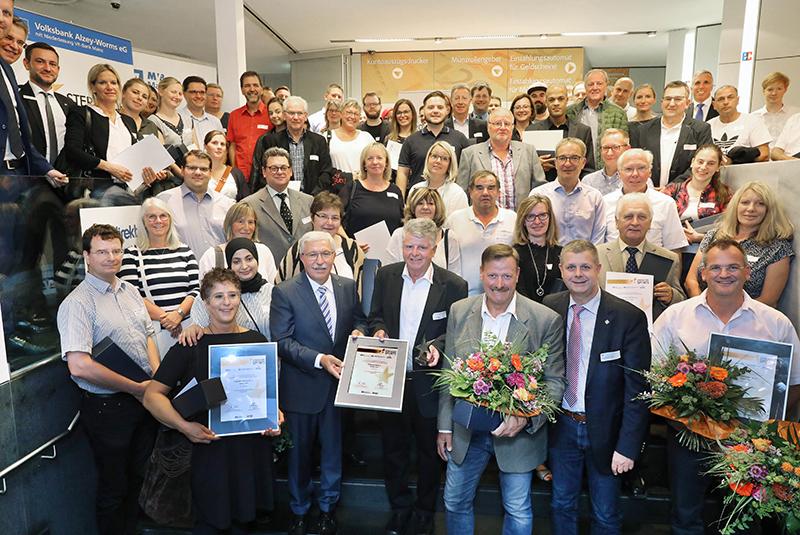 Gruppenbild aller Preisträger - Bronzeverleihung ©Rudolf Uhrig