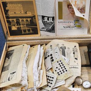 """Kunstausstellung """"Der Koffer"""" zum internationalen Gedenktag"""