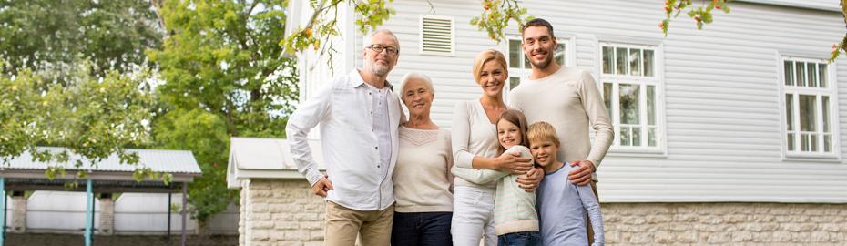 Großvater mit Familie